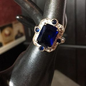 Jewelry - Royal blue ring